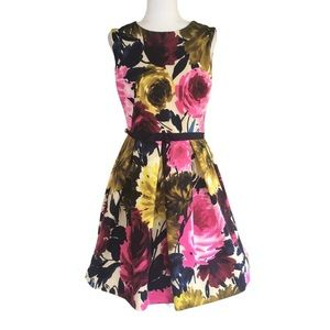 JUST TAYLOR Vintage Style Floral Pleated Dress